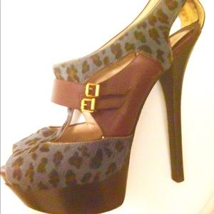 Fendi pony hair animal print platform stiletto 42